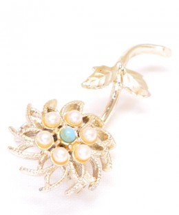 Vintage Costume Jewelry Brooch / Pearl & Blue